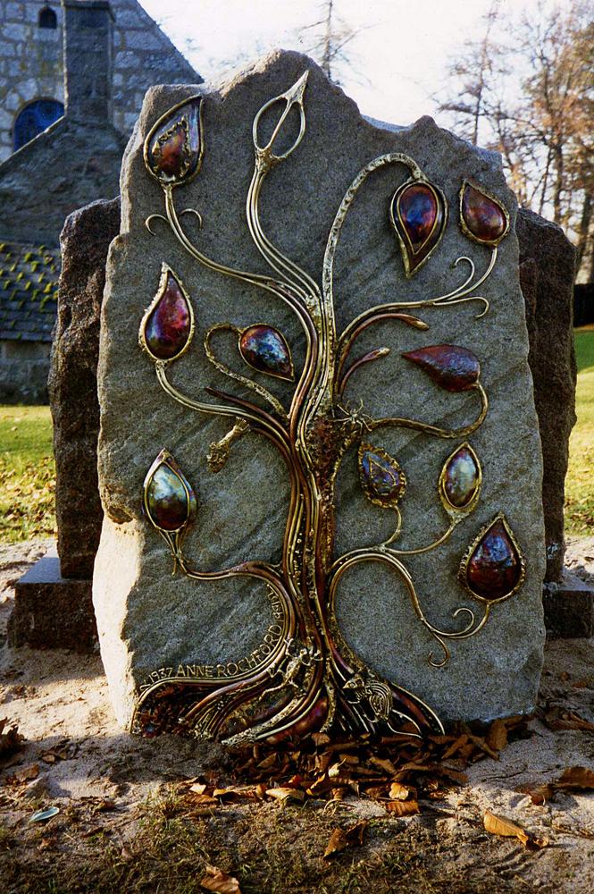Headstone Midmar